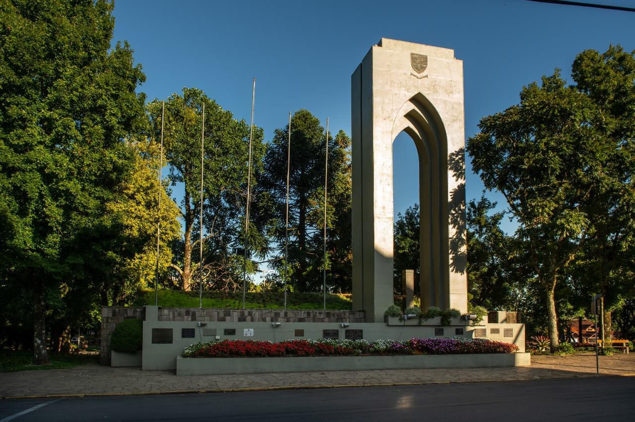 Praça das Flores 4